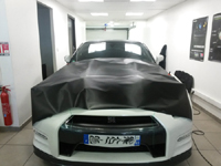 Total covering car wrapping carbone black carbon Nissan GTR